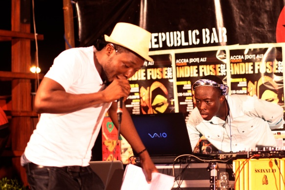 FUDOGLO + DJ KEV WARM IT UP