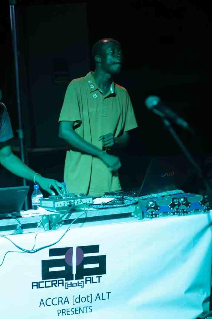 DJ KEV SPINS