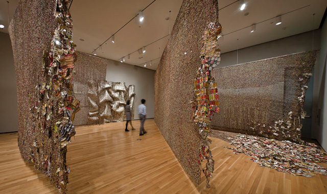 exhibit el anatsui�s africa at the brooklyn museum