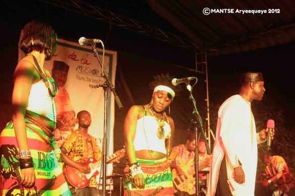 Gyedu Blay Ambolley AFAccra Show 1 - photo by Mantse Aryeequaye