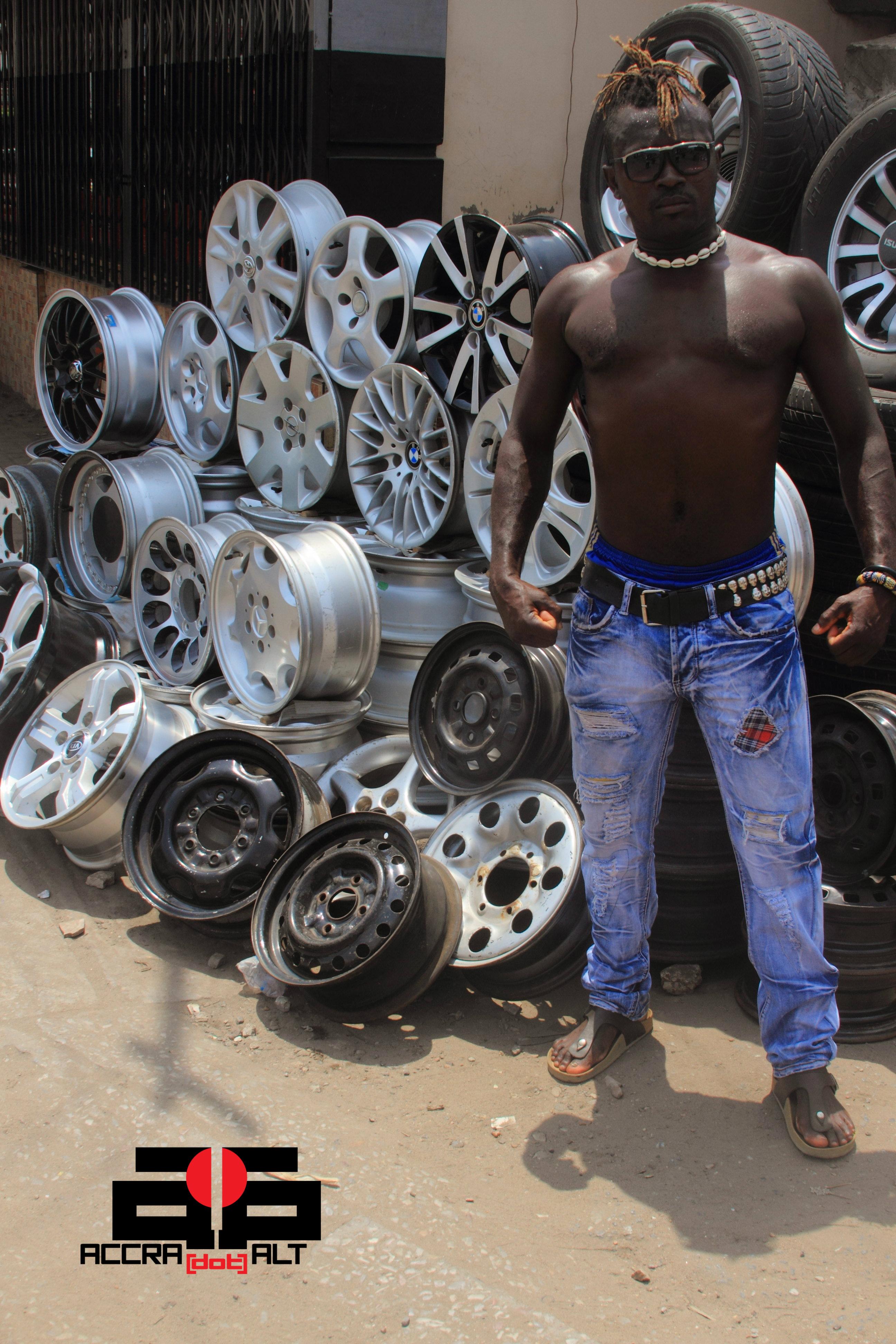 Iron Gang 2a - photo by ACCRA [dot] ALT