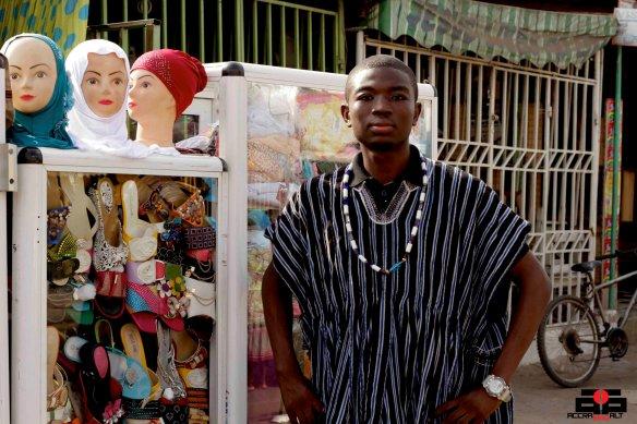 DIN KLASSIC in Ebony + Ivory