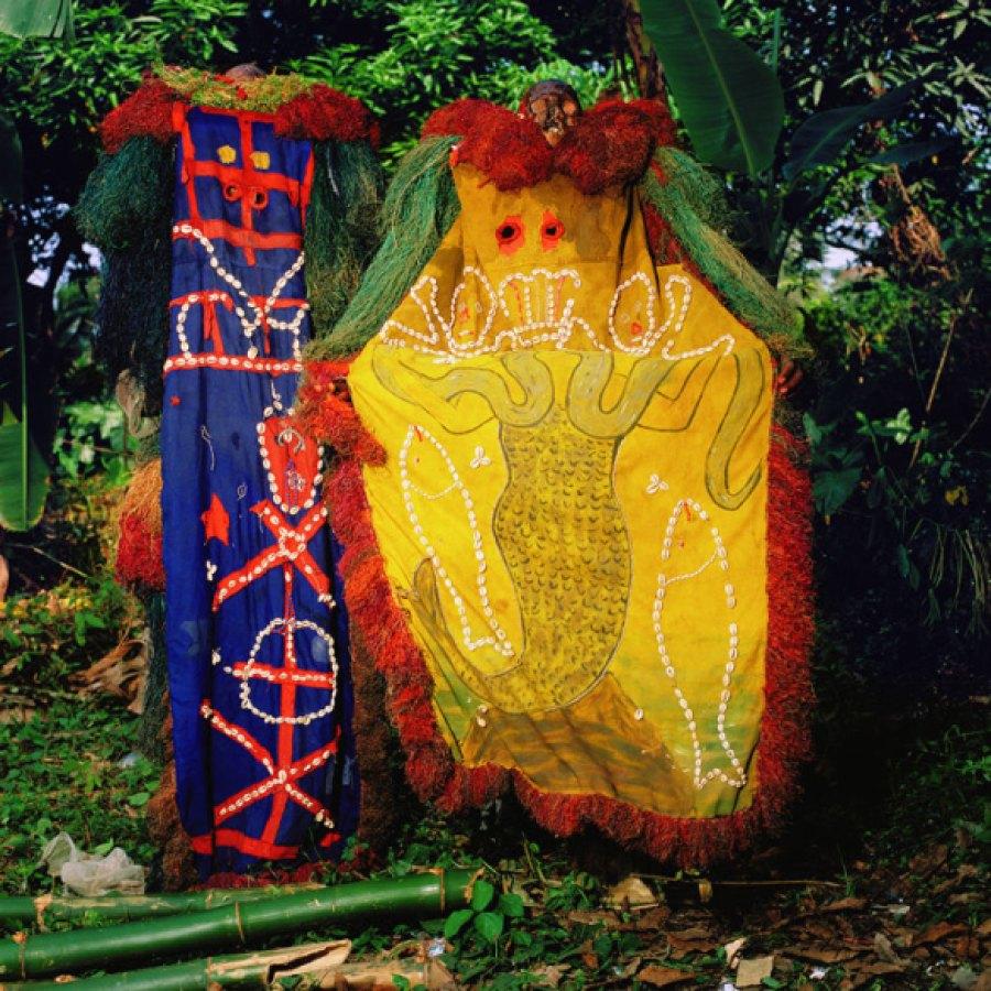 Nnabo Dance Group, Akpabuyo Village, Cross River Nigeria 2005 via Taste of Creation | photo by Phyllis Galembo