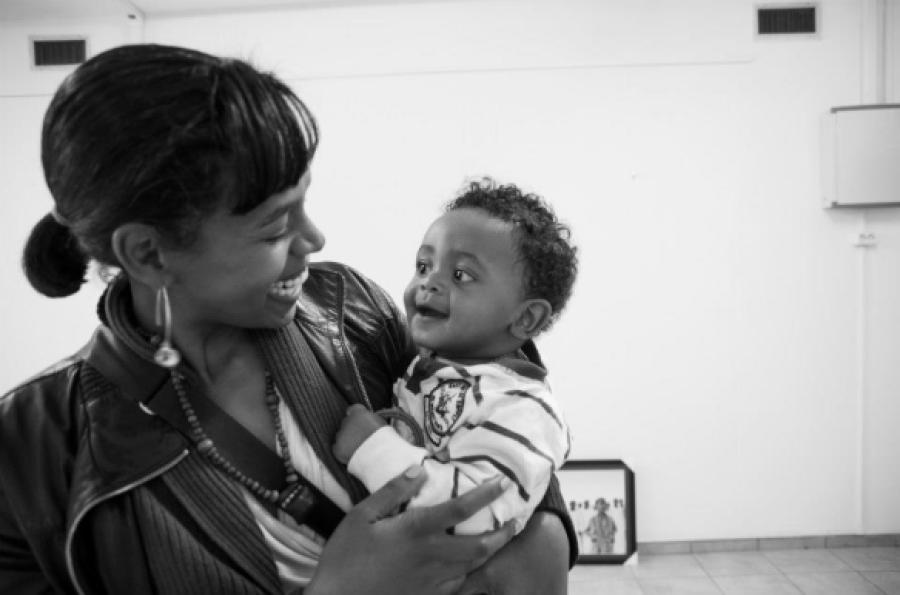 AIDA + son | photo courtesy of Addis Foto Fest 2012