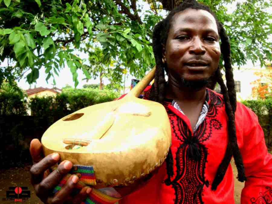 KING AYISOBA's Kologo Music | photo by Sionne Neely