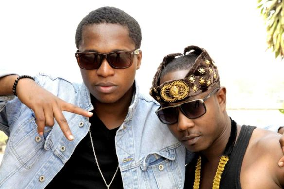 Ko-Jo Cue poses with Flow King Stone