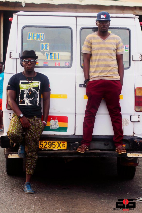 BADBOY STELOO + YAW P chill in Ga Mashie | photo by Mantse Aryeequaye