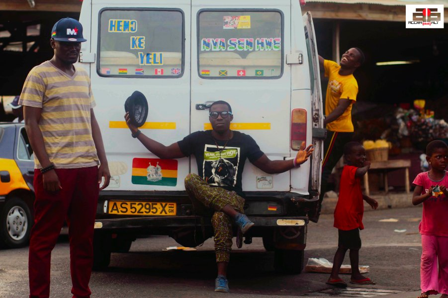 Strolling Goats 29 STELOO & YAW P- James Town - April 2013 - ACCRA DOT ALT MANTSE ARYEEQUAYE