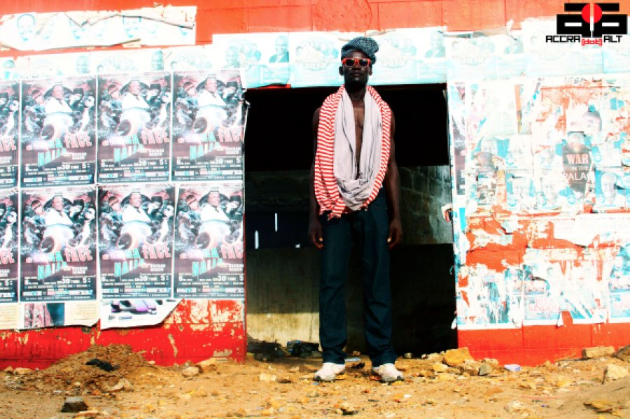 Strolling Goats - James Town - April 2013 - Accra dot Alt - Samuahedited