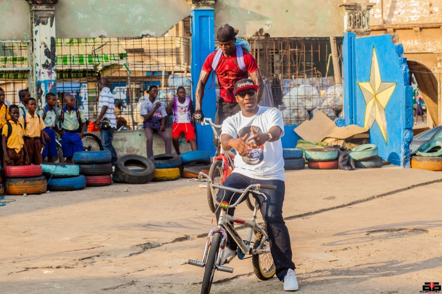BLITZ AT OLD KINGS WAY 5 - VIDEO SHOOT 2014-JAMES TOWN- ACCRA DOT ALT-5