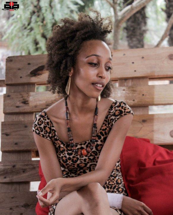 Elisabeth Sutherland 3 - FEBRUARY 2014 - ACCRA DOT ALT