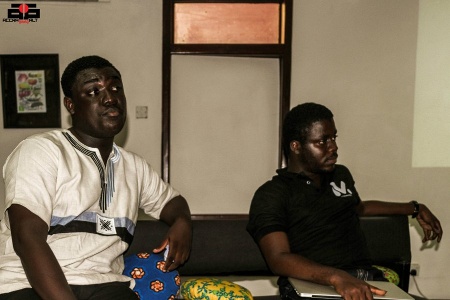 THE LABS 27 - DECEMBER 2013 - ACCRA DOT ALT